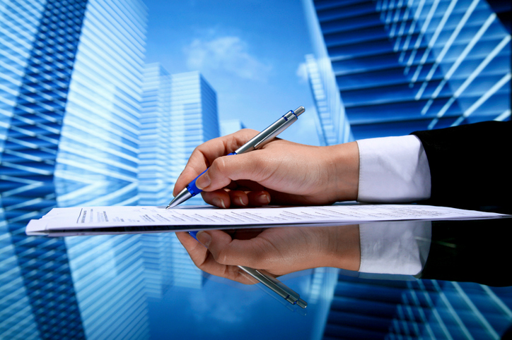 Before You Sign a Commercial Lease, Take These 5 Critical Project Management Steps